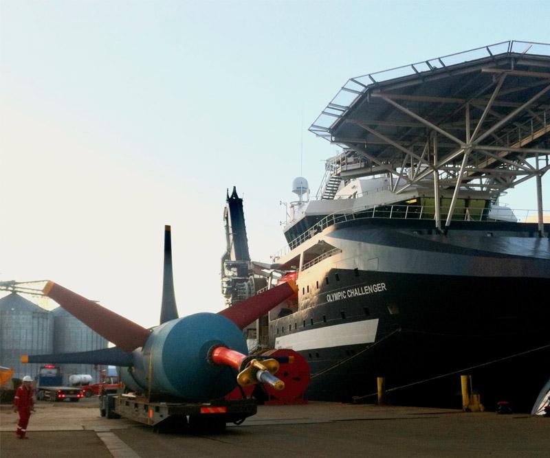 tidal turbine with ship